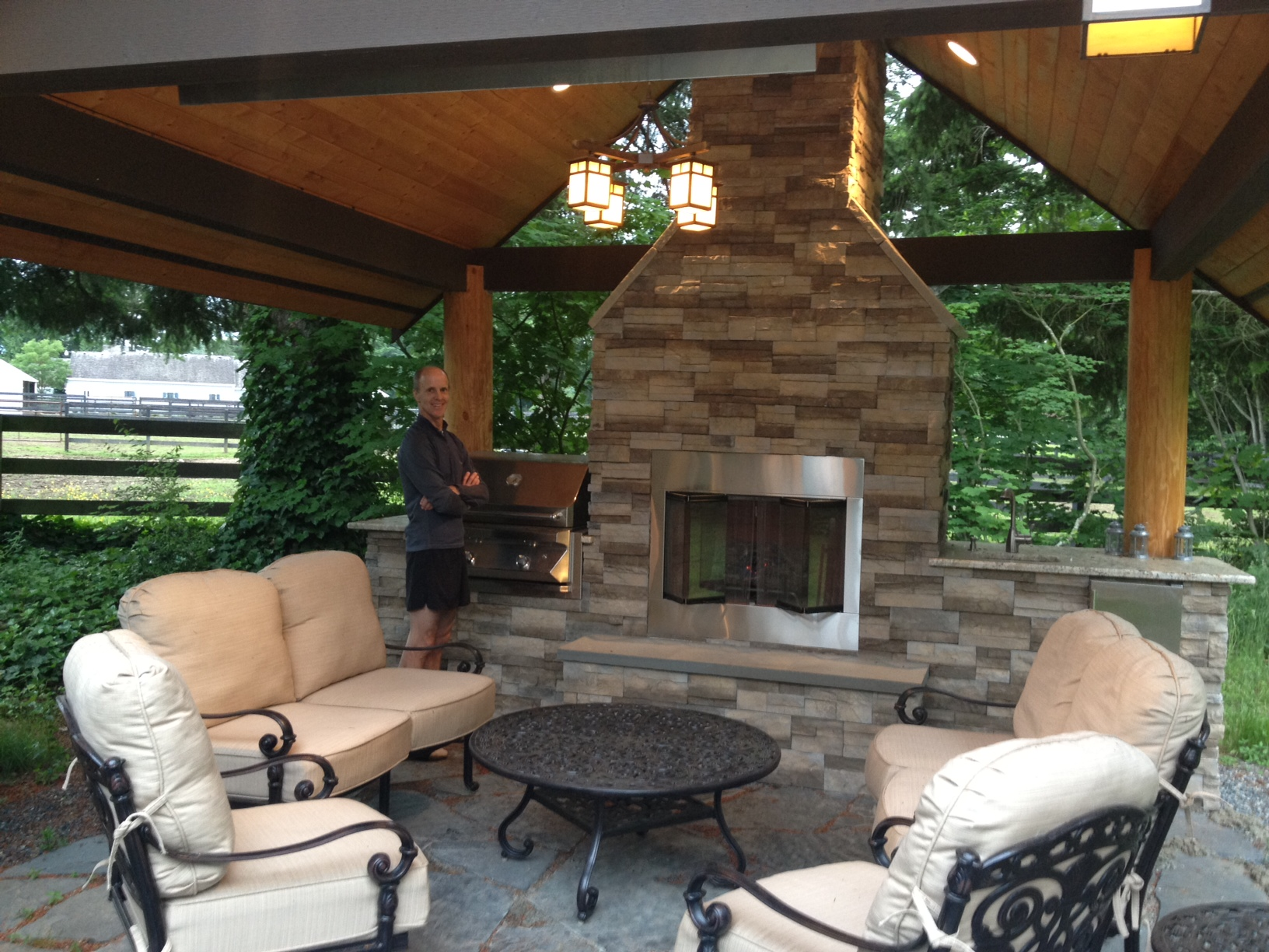 Outdoor rooms perfect in the northwest julie billett for Room design outside